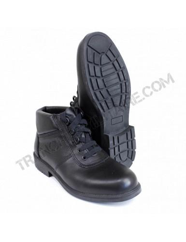 Chaussures en cuir Armée...