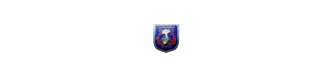 Nos reproductions de brevets et insignes militaires.